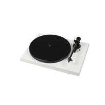 Pro-Ject Debut Carbon DC lemezjátszó /Ortofon OM-R10/ fehér