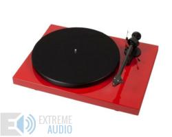 Pro-Ject Debut Carbon Phono USB DC lemezjátszó (Ortofon OM 10 hangszedővel) piros